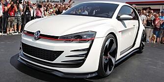 MONSTER-GTI: Den meget spesielle Golf-en er utstyrt med en 3,0-liters V6-er med doble turboer og massive 503 hk. ALLE FOTO: Produsent