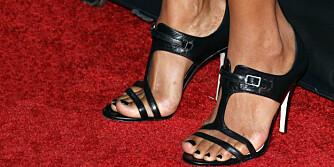 SKADELIG: Velg en lavere hæl enn disse på den røde løperen. Jo lavere, jo bedre.