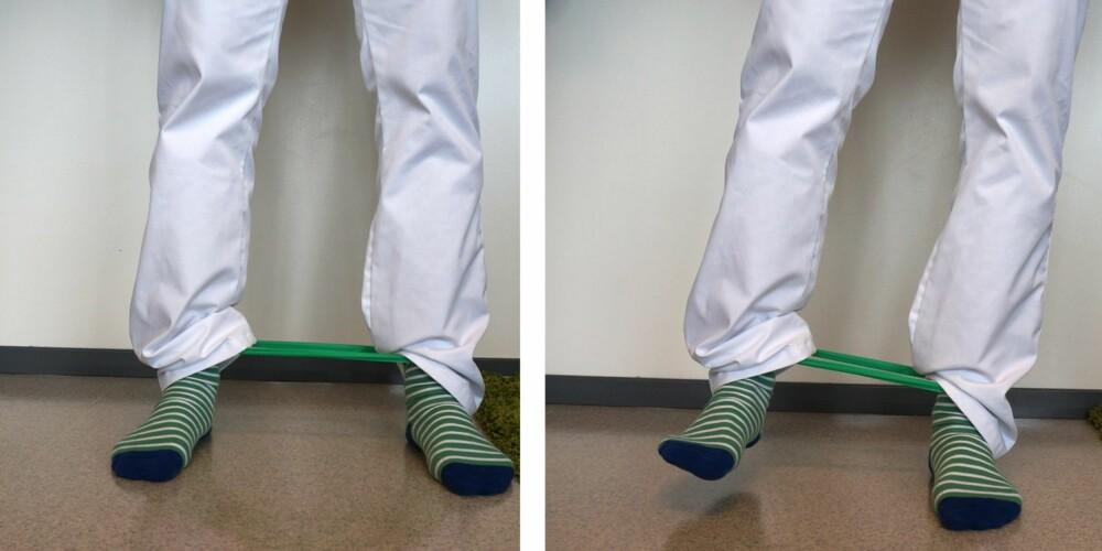 ØVELSE 1: Knyt sammen et gummibånd eller strikk og fest den rundt anklene. Pass på at føttene peker rett fremover mens du går. Gå sidelengs med rake bein og ta samme steglengde med venstre ben som høyre ben; venstre ben skal gå sakte ut, og høyre ben skal følge sakte etter slik at det ikke bare følger med som en sprettert. Gå en runde hver vei, for eksempel rundt spisebordet hjemme. Dette er en fin øvelse for å få trent opp sidemusklene i bekkenet som er viktig for stabilitet i bekken, hofte og knær.