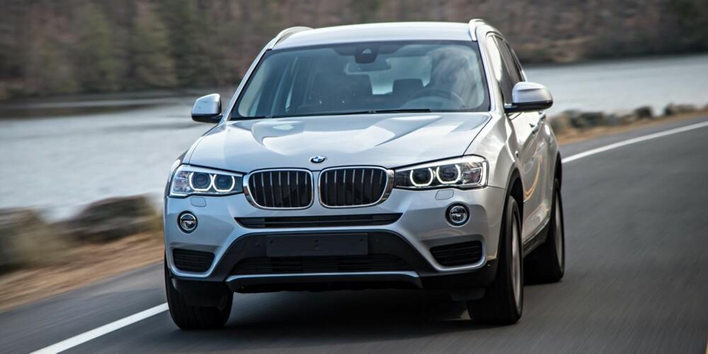 NY MOTOR: Til å være en temmelig stor firehjulstrekker, er de oppgitte forbrukstallene imponerende lave: 0,50 til 0,54 l/mil, avhengig av blant annet dekk og annet utstyr. Det er syv prosent mindre enn for forgjengeren. FOTO: BMW