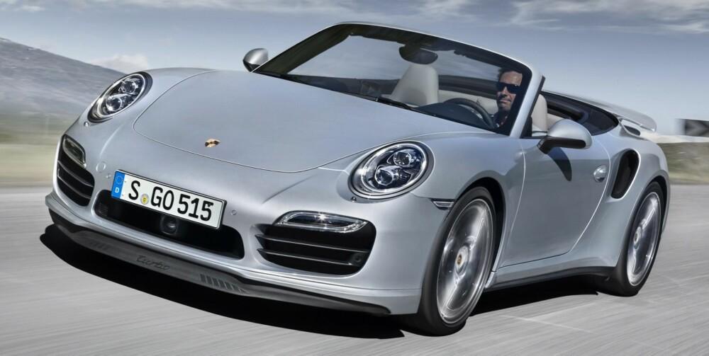 PORSCHE: Jeg synes 911 Turbo Kabriolet blir for hektisk. Det finnes bedre og billigere Porsche-modeller som byr på plenty med lyd og kjøreegenskaper. FOTO: POrsche