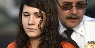 Miranda Barbour, 19, the woman dubbed the so-called Craigslist killer suspect, is led into court by sheriff deputies in Sunbury, Pennsylvania April 1, 2014. Barbour and her husband, Elytte Barbour, 22, have pleaded not guilty to the stabbing and strangling in November of Troy LaFerrara, 42, whose body was found dumped in an alley in Sunbury.    REUTERS/Mark Makela  (UNITED STATES - Tags: CRIME LAW)