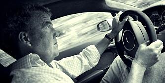 NY BIL: Noen ganger byr livet på ekstra prøvelser. Som å gå til tannlegen eller kjøre enn Volvo.