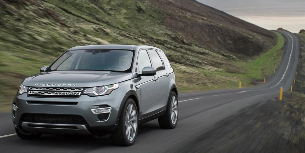 ALLSIDIG: Land Rover skryter av at Discovery Sport blir den mest allsidige bilen i klassen for mellomstore jåle-SUV-er, blant annet fordi den er den eneste som kan fås med sju seter. FOTO: Land Rover