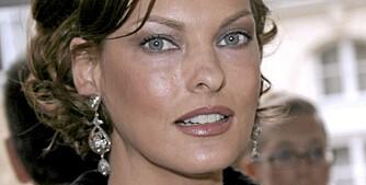 ØYENBRYN: Linda Evangelista har perfekte øyenbryn