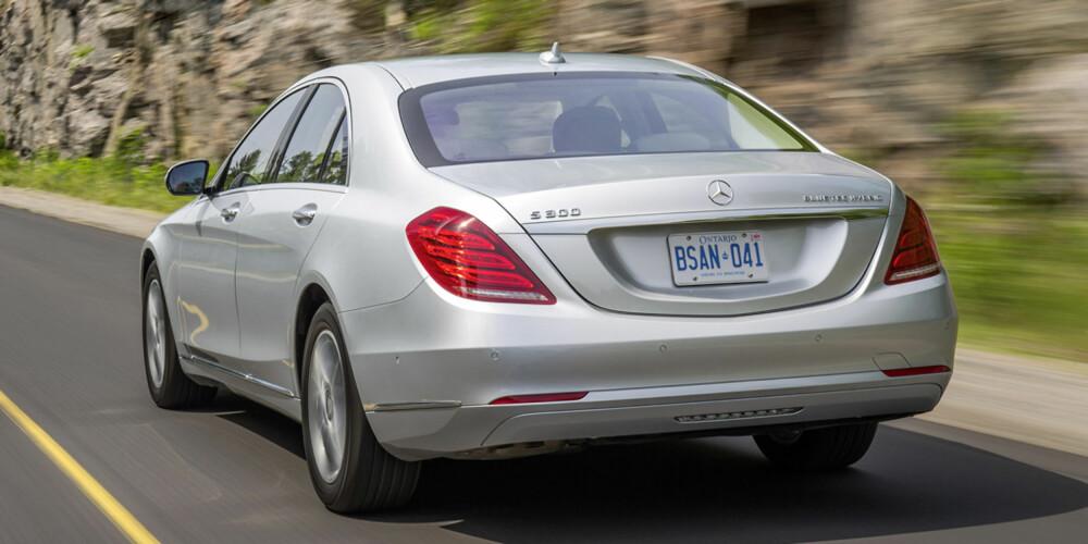 PRØVEKJØRT: Mercedes S300 BlueTec Hybrid.