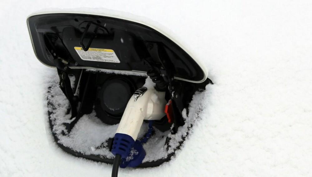 LIKER IKKE KULDA: Ladingen går tregere og rekkevidden krymper kraftig når snøen legger seg.