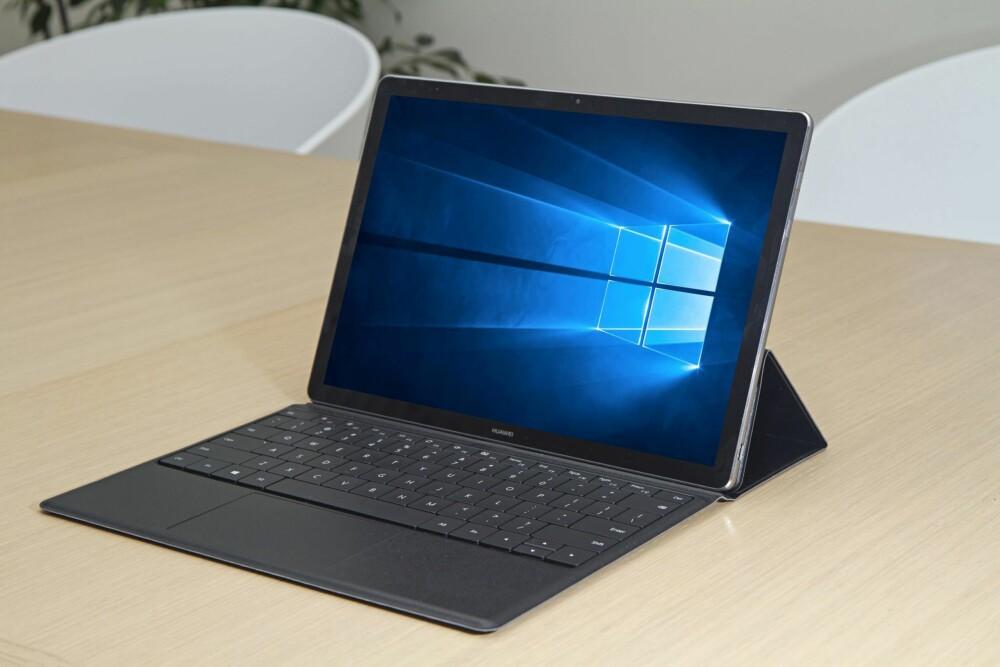 SURFACE-ALTERNATIV: Huawei MateBook er en lekker maskin som funker både som nettbrett og som bærbar PC.