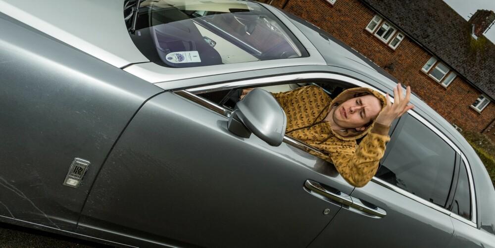 UTGANGSPUNKTET: Er det mulig å få denne mannen til å kle bilen? Foto: Si Gray