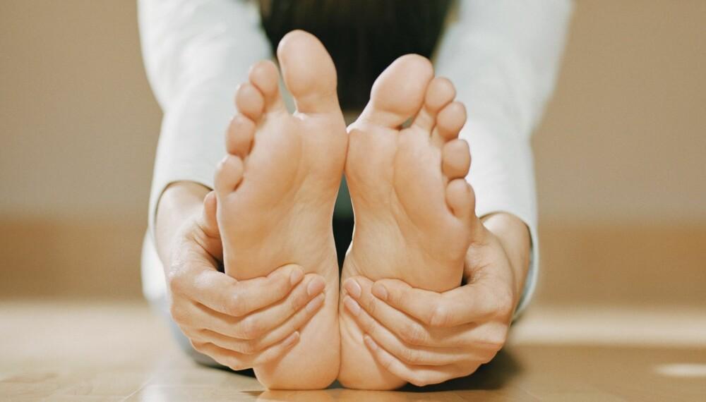 GLEMMER DU OGSÅ Å TØYE TÆRNE?: Visste du at det er en del av kroppen de aller fleste av oss glemmer å tøye, som faktisk er ganske viktig? Tærne!