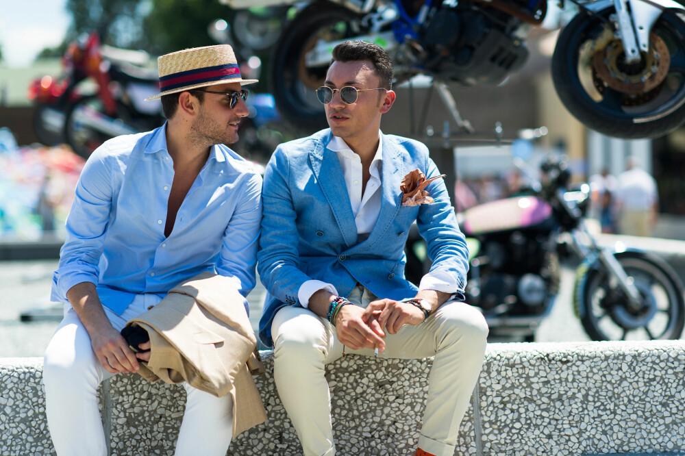 STREET STYLE I FIRENZE: Blazer og hvit skjorte er to plagg menn kan bruke hele livet. - Generelt mer formelle plagg som dress og skjorter gir en mer moden look, sier Andreas Tangberg, stylist og country manager ved pr-byrået Polhem PR.