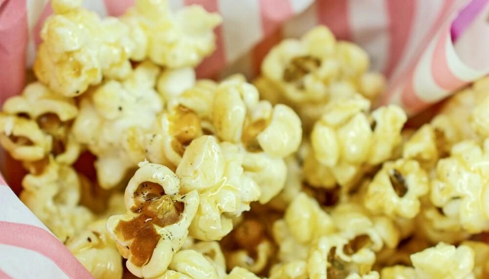 SUNN SNACKS: Popkorn er laget av maiskorn, er rik på karbohydrater og kostfiber og lav på fett. Bare å poppe i vei.