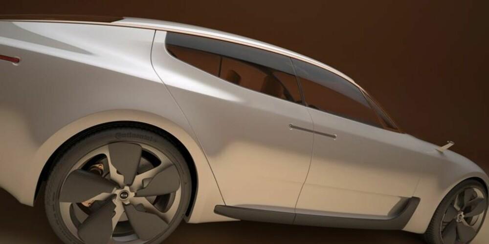 FIREDØRS: Med sine fire dører, kupéformede tak og effektstinne motorer vil Kia CK yppe med auto bahn-lokomotiver som Audi S5 og BMW 435i Gran Coupé.