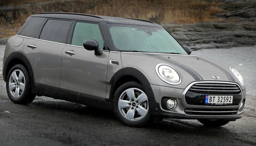 LITT RETRO: Mini er en kul bil, både å kjøre og å se på. En passe blanding av retroattributter og moderne design.