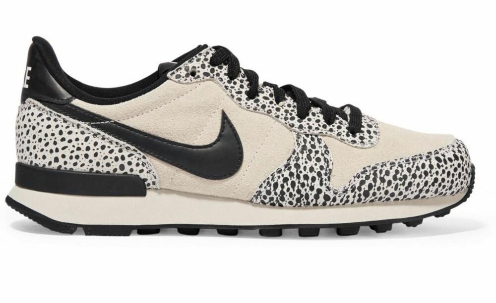 Nike, kr 899.