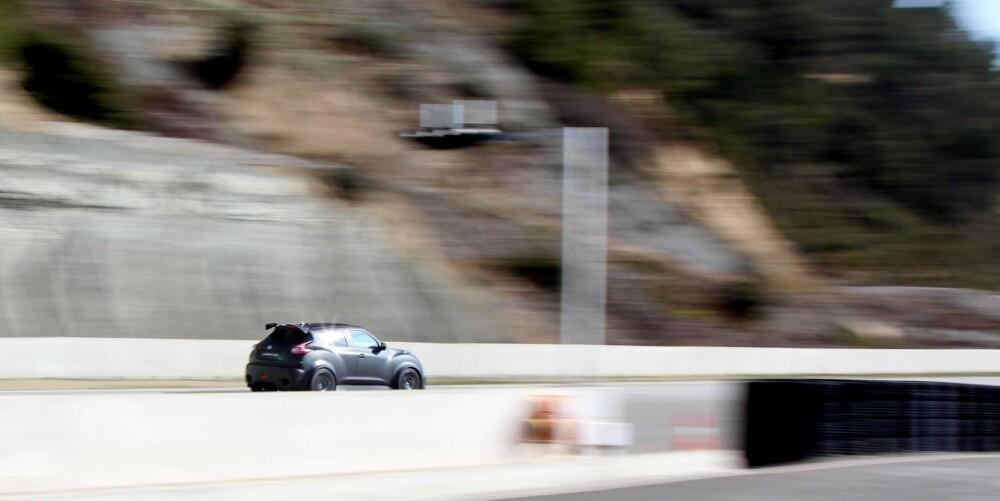 SYKT KJAPP: Det florerer ikke av biler som gjør 0–100 km/t på under tre sekunder der ute. Juke R er én av veldig, veldig få.