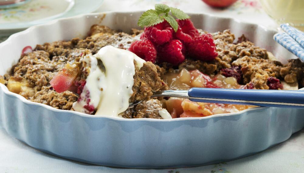 FROKOSTBLANDING: Prøv å lage smuldrepai med 4-kornblanding. Det gir en god nøttesmak til toppingen!