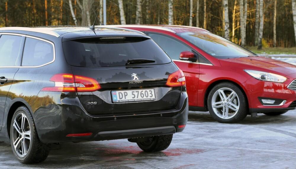 DRIVSTOFF: Hva som er best av diesel og bensin er et minst like aktuelt spørsmål som før. Vi har testet Ford Focus og Peugeot 308 med begge drivstoffalternativene. FOTO: Terje Bjørnsen