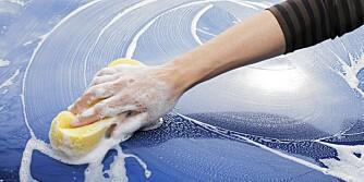 BILVASK: Begynn med en grundig og riktig håndvask. Følg opp med rubbing.