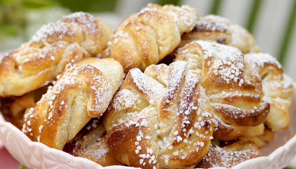 SMAK AV VÅR: Disse snurrene smaker mildt av sitron og vanilje. Perfekt til kaffen!