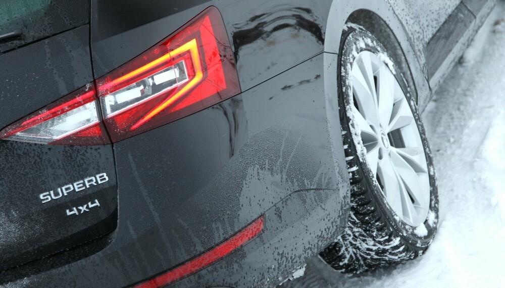 SVÆRT POPULÆRT: Firehjulsdrift er blitt et «må ha» fra og med mellomstor SUV. For SUV-er fra prestisjemerker må også de minste, som BMW X1, ha firehjulsdrift.