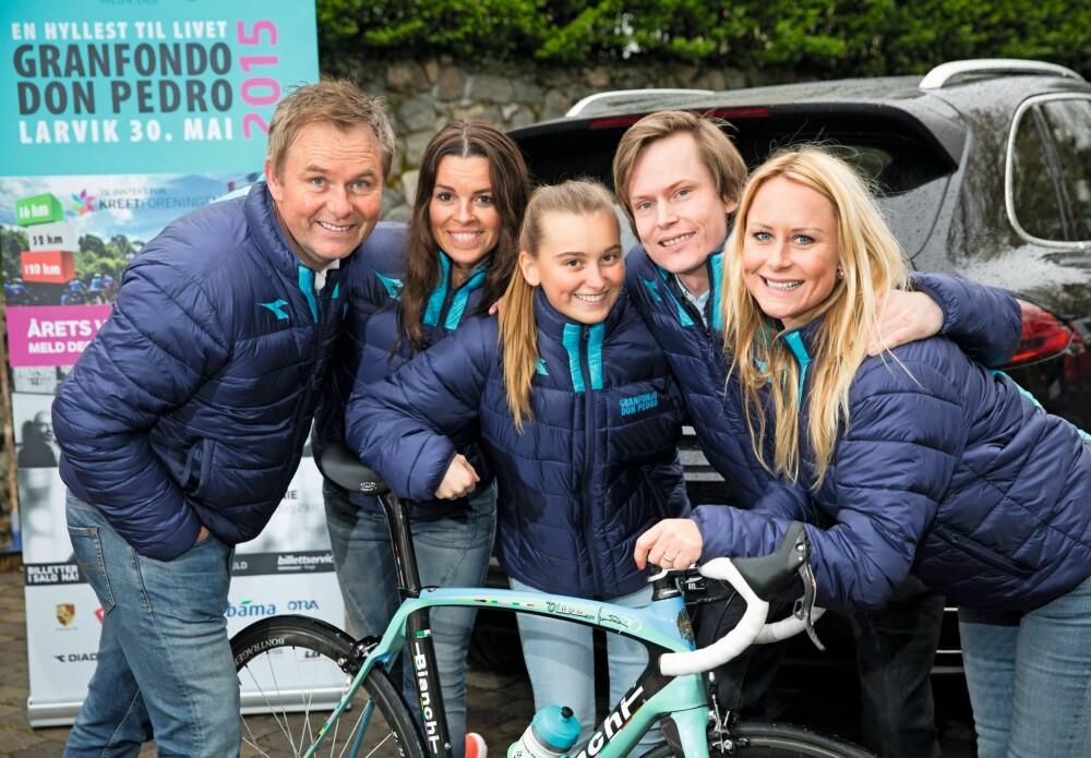 STERK KVINTETT: Dag Erik får god hjelp av samboeren Ania og barna Selma, Simen og Andrea når han arrangerer sykkelritt  i Larvik.
