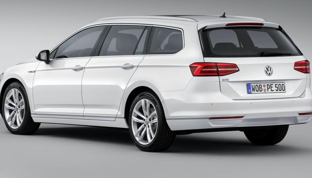 PASSAT: Prisen på den ladbare hybridversjonen av Passat er klar, men bestiller du nå får bilen tidligst våren 2016. FOTO: VW
