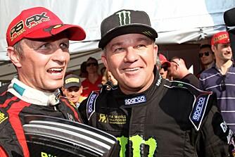 FARTSGLAD FAMILIE: Petter Solberg kunne juble sammen med broren Henning da han nylig ble verdensmester i rallycross.