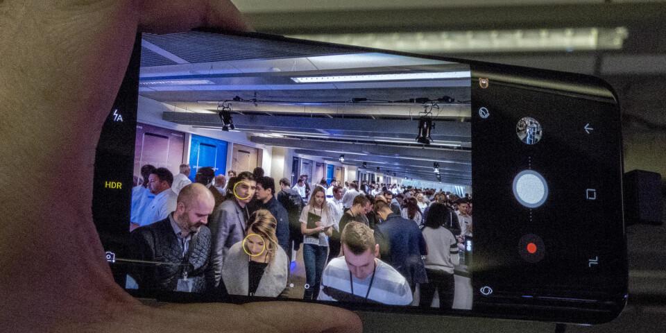 KAMERAFUNKSJON: Vi fikk prøvd kamerafunksjonen på S8 og synes den er kjapp og responsiv på avtrekkeren.