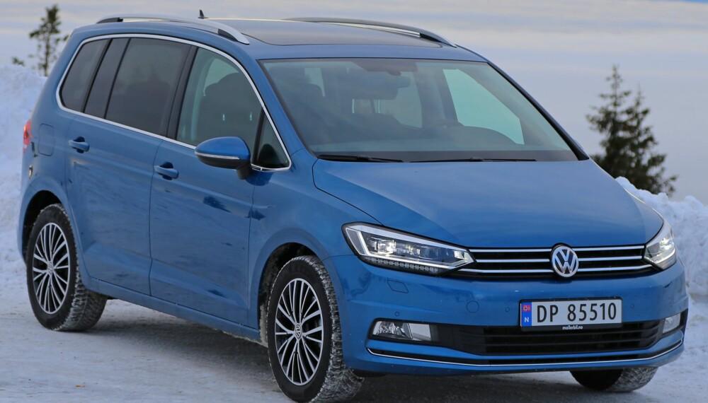 BUNNSOLID: VW Touran har vært en så stor suksess at det tok 13 år fra første utgave til en ny modell så dagens lys. FOTO: Terje Bjørnsen