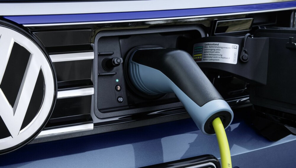 LADBARE BILER: De fleste kjører i hovedsak korte turer. Da kan en plugin-hybrid være gunstig for lommeboka.