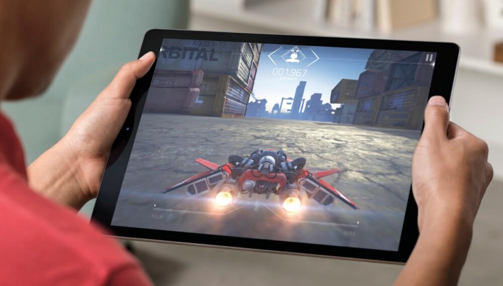 STOR: Nye Apple iPad Pro har en skjermstørrelse på hele 12,9 tommer.