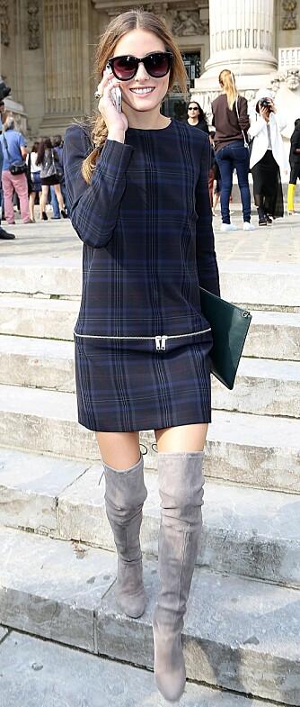 I ZARA-KJOLE: - Jeg liker dette antrekket av henne fra noen år tilbake, hvor hun kombinerte en enkel Zara kjole med eksklusive Stuart Weitzman over-knee boots. Jeg kopierte faktisk hele den looken (…) og kjøpte både bootsene og kjolen, sier Næss.