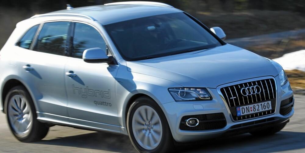 RASK: Ingen tvil om at Audi Q5 hybrid quattro har orden på kraftleveransen. Her skuffer det ordentlig godt unna. Det er i forbikjøring bilen imponerer mest; 60-100 km/t og 80-120 km/t på 3,8 og 4,2 sekunder. Det er helt i klasse med tre-liters dieseler som den 245 hk sterke Audi A6 Avant 3,0 TDI quattro. FOTO: Terje Bjørnsen