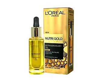 ANSIKTSOLJE: Hvis du ikke vil kjøpe en oljebasert foundation kan du også prøve å dryppe en dråpe med ansiktsolje i din vanlige foundation, eller smøre huden med den på forhånd. Nutri Gold Extraordinary Oil Face fra L'Oréal Paris, kr 180.