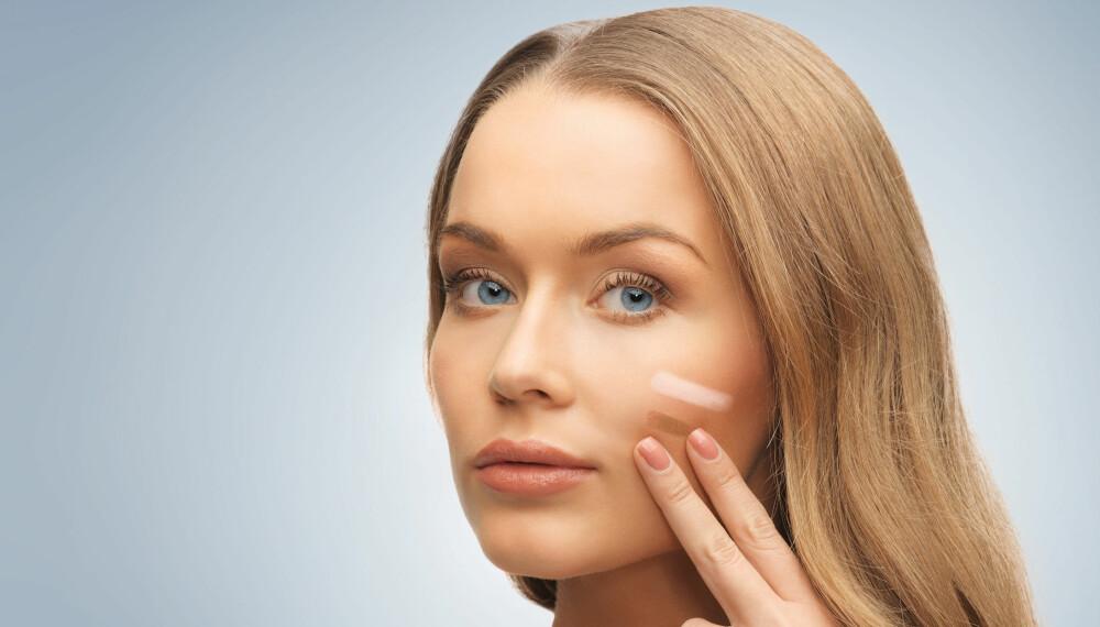TØRR HUD: Når huden blir så tørr som den blir om vinteren, er det viktig å bytte ut foundationen din.