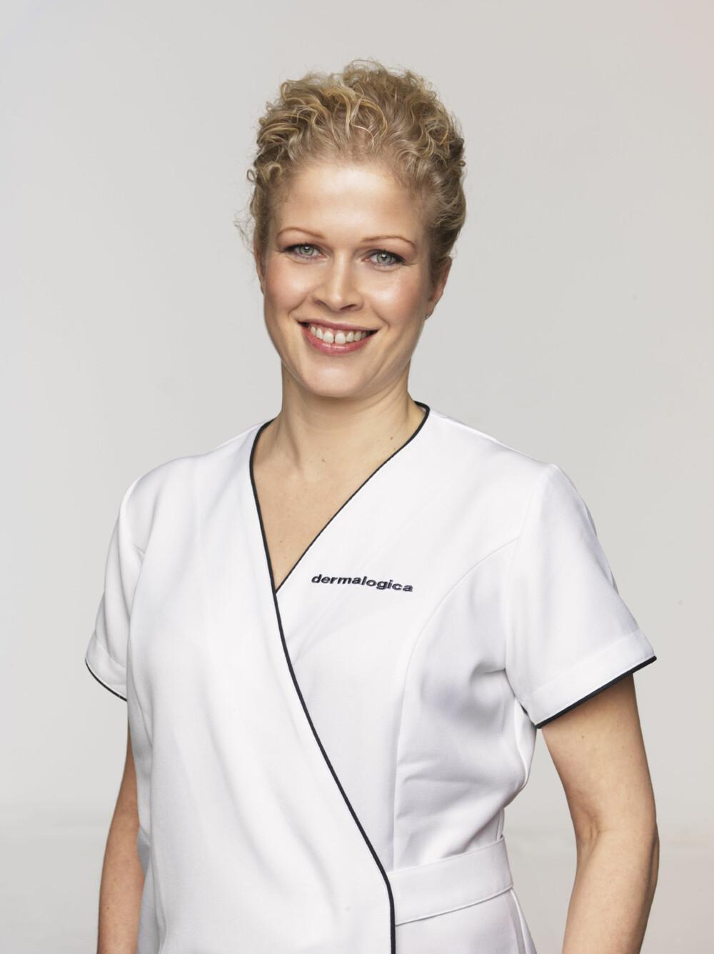 HUDPLEIEEKSPERTEN: Ann-Kristin Stokke er hudpleier og fagsjef ved hudpleieleverandøren Skintific.
