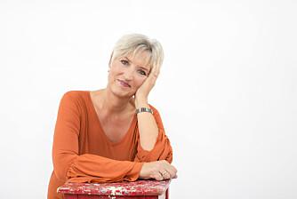 BYTTET BRANJSE: – Jeg stortrives i en jobb hvor jeg har mennesker i alle aldre tett innpå meg, sier Kjersti Martinsen, som jobber som legesekretær.