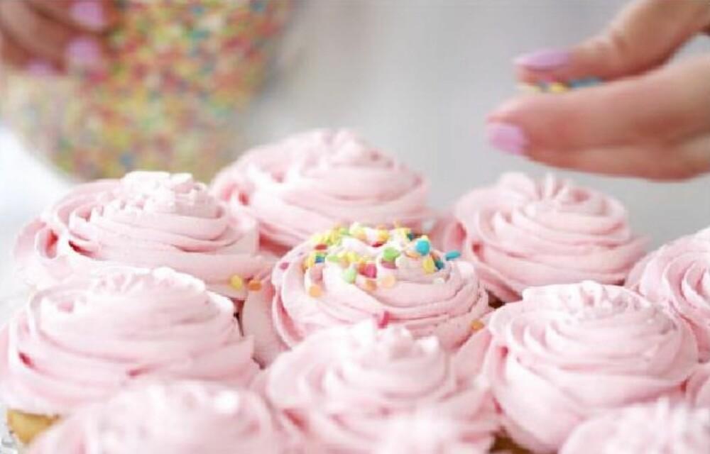 RYDD VEKK SUKKERET: Ønsker du å bli sukkerfri, så bør du unngå å ha snop og godteri liggende i skuffer og skap.