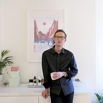 HENRIK SKANSEN: PR-agent og moteblogger.