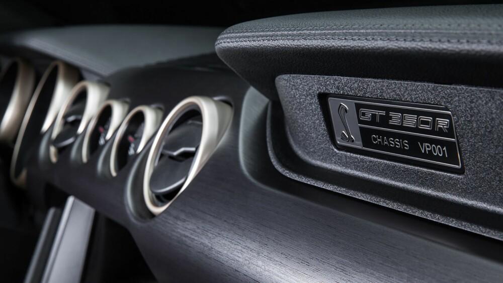 SELVPUSTENDE: De råeste Mustangene har Fords splitter ny selvpustende og spinnville V8-er.