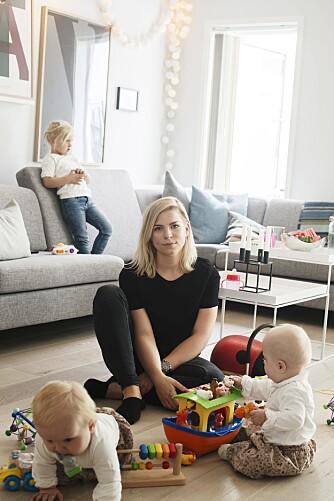 25 ÅR OG TREBARNSMOR: Camilla Husebø (25) er venninnegjengens svar på Petter Northug. Sammenlignet med røkla, ligger hun, med sine tre barn, langt framme i løypa.