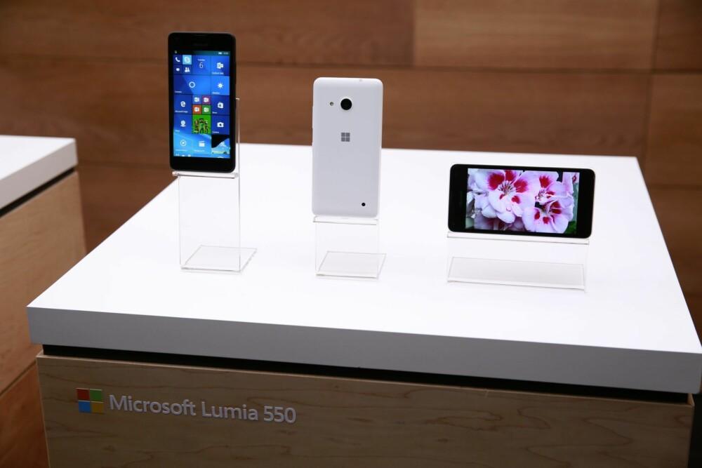 KLASSISK LUMIA: Det er liten tvil om at Lumia 950 og Lumia 950 XL følger designprofilen til Lumia-familien.