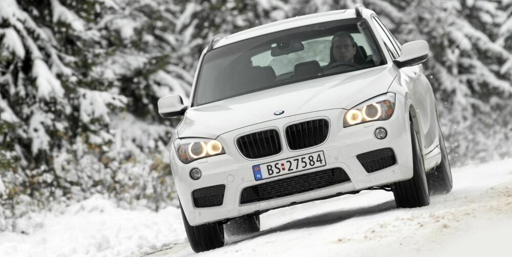 KJØREMASKIN: BMW X1 er kjørevillig og personbilaktig på tross av 19 cm bakkeklaring.
