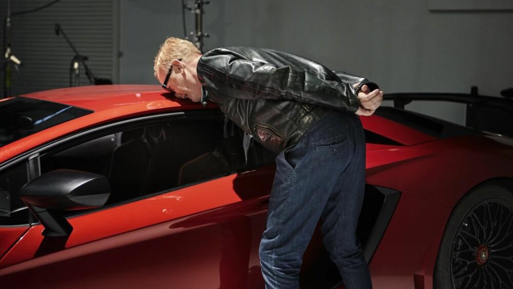 PETROLHEAD: Chris Evans har fullstendig bildilla og er særlig begeistret for Ferrari.