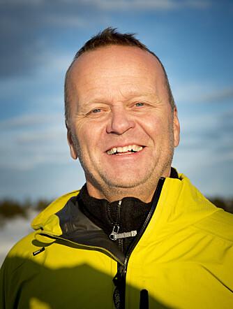 ERFAREN DEKKTESTER: Rune Korsvoll har testet dekk for NAF i mange år. FOTO: NAF