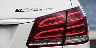 Mercedes-Benz E 63 AMG 4MATIC S-Modell, (S 212) Facelift 2013, Lack: Diamantweiß Bright, Ausstattung: Schwarz