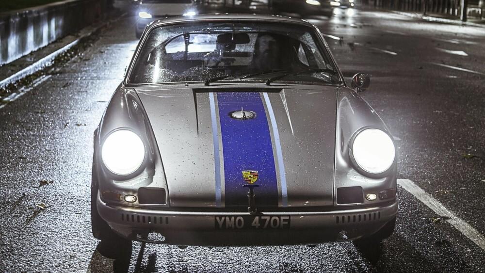 START: Det startet med alligatorbukser i PVC. Nå eier Magnus Walker en helt unik Porsche 911-samling.