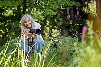 LIDENSKAP: – Å fotografere skogens dyr er det morsomste jeg gjør. At andre også har glede av bildene mine, gjør meg ekstra glad, sier Heidi.