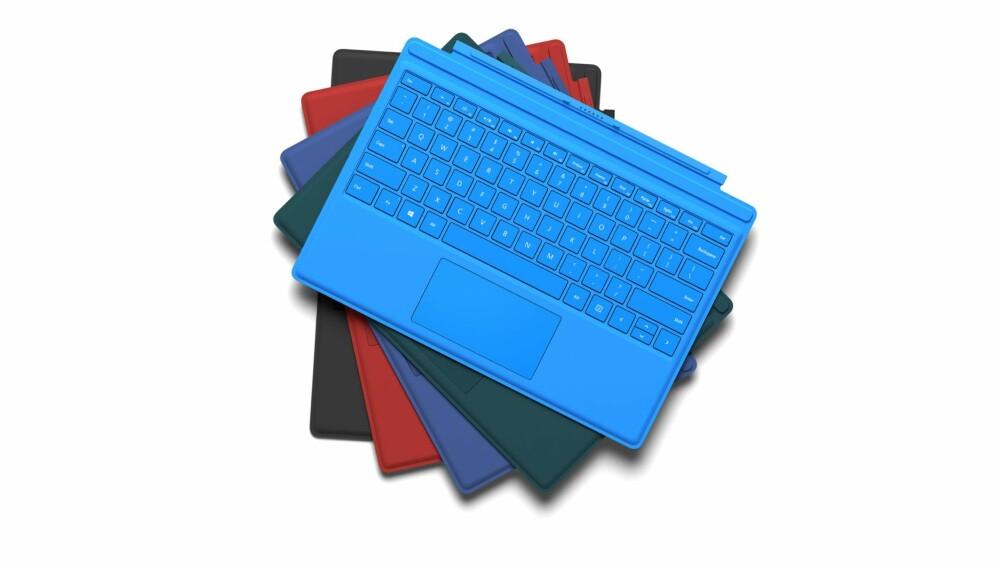 FARGERIKT: Type Cover-et til Surface Pro 4 blir nytt. Dette er også kompatibelt med forgjengeren Surface Pro 3.